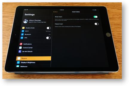 IOS 11 iPad Smart Invert colors