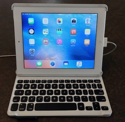 IPad 2 in Logitech keyboard case