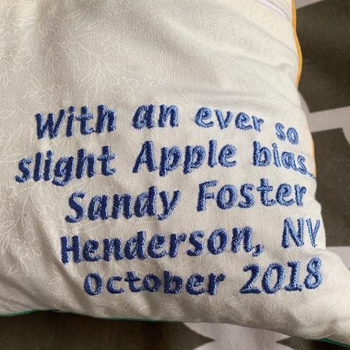 Sandy pillow signature and apple bias