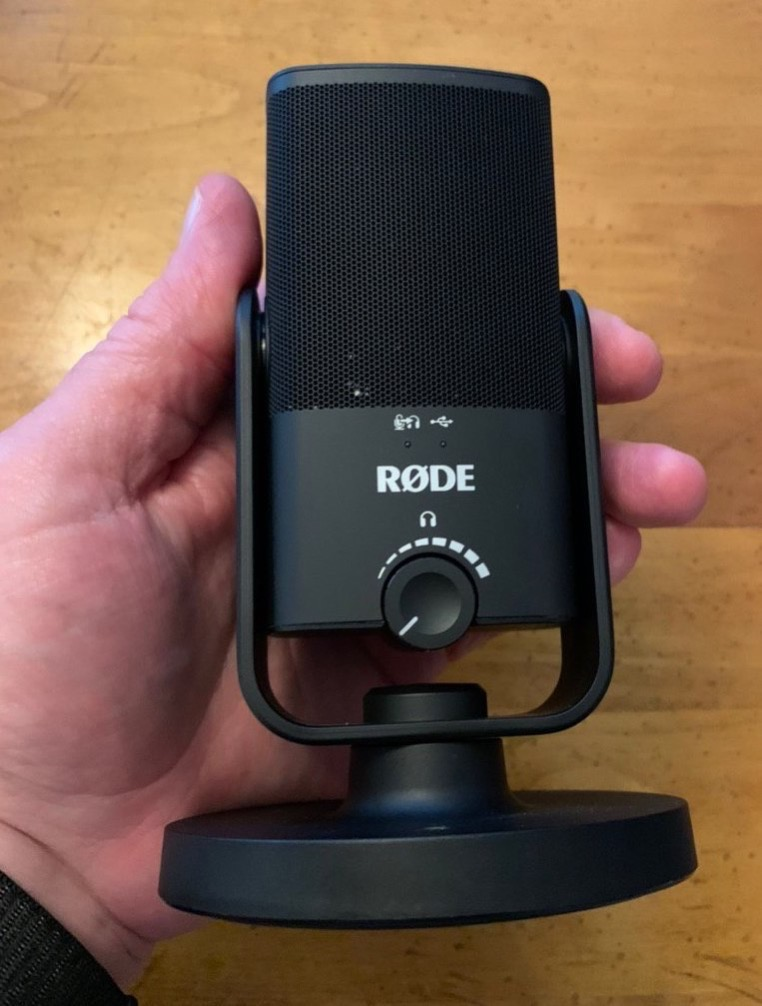 Røde in fingers